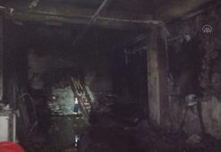 Bodrumda iş yerinin deposunda çıkan yangın söndürüldü