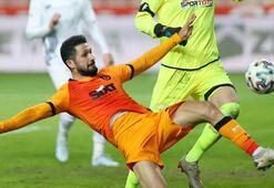 Galatasaraydan Emre Akbaba kararı Ayrılık...