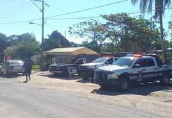 Meksikada 12 ceset bulundu