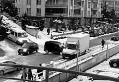 Bursada otomobillerin buz dansı...Kamyonete böyle çarptılar