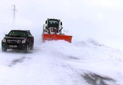 Muşta kapalı 359 köy yolundan 166sı açıldı