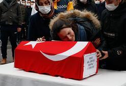 Gözyaşları sel oldu... Anneden acı veda