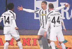 Ronaldo tarihe geçti Juventus kupayı kazandı