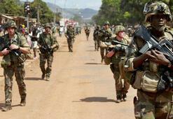 Orta Afrika Cumhuriyetinde BM'in silah ambargosu protesto edildi