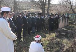 PKKnın 34 yıl önce şehit ettiği 1i bebek, 5i çocuk 10 kişi anıldı