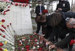 Gazeteci yazar Uğur Mumcu, ölümünün 28. yılında kabri başında anıldı