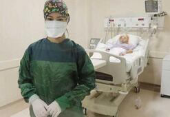 Koronavirüs hastasının hemşirenin eline yazdığı not tüyler ürpertti