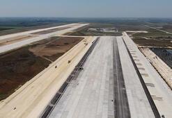 Bakan Elvan Çukurova Havalimanı için tarih verdi