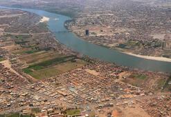 Sudan'da döviz yokluğu sebebiyle ithalatın yapılamaması yakıt ve elektrikte krize yol açtı