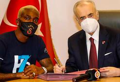 Onyekuru, Galatasaraydan başka yerde yapamıyor