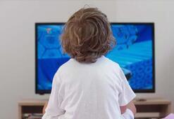 Çocuklar pandemide 7 saat ekrana maruz kalıyor