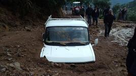 Sağanak yağış, Nazilli'de su baskınına yol açtı