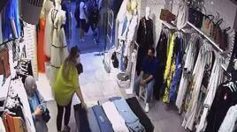 Hırsız kadınlar esnafı canından bezdirdi! 'Artık biz bunlardan bıktık'