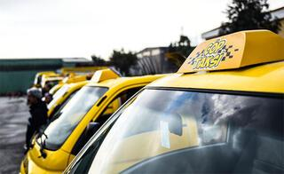 Kamyon giremeyen dar sokaklara çöp taksi