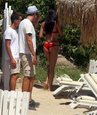Adriana Limanın bikisini kriz çıkardı