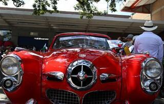 Antika arabalar festival