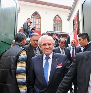 Erdoğan Demirören iş dünyasında duayendi