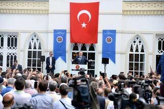 Restore edilen Yıldız Hamidiye Camisi ibadete açıldı