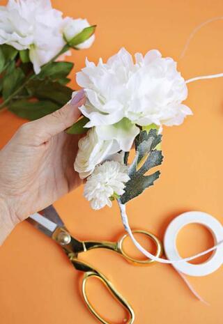 Çiçekten taç yapımı