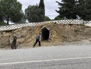 2 bin 500 yıllık Roma dönemi mezar odaları talan ediliyor