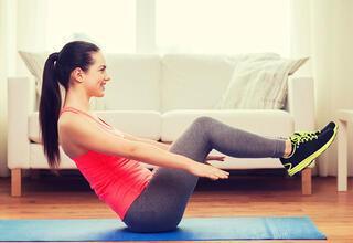Uykudan önce bacak incelten 3 dakikalık egzersiz