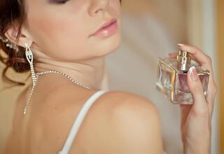 Parfüm şişelerini sakın atmayın