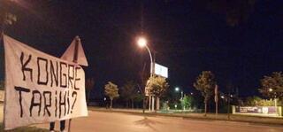 Bursaspor taraftarından Başkan Ali Aya pankartlı tepki...