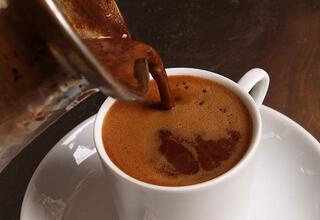 Günde 2 fincan kahve içersek ne olur