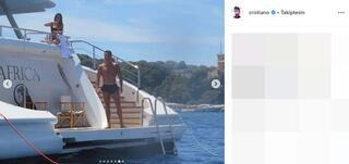 Ronaldo tatilin keyfini çıkartıyor