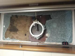 Son dakika...Türk gemisine saldırı İlk görüntüler geldi