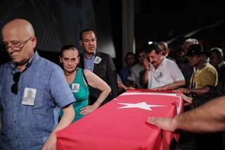 Ünlü oyuncu Cengiz Sezici için tören düzenlendi