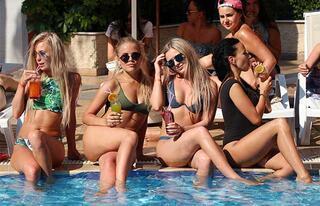 Rus turistler en çok Türkiyede aşık oluyor