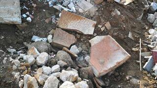 Molozların arasında bulundu Roma dönemine ait