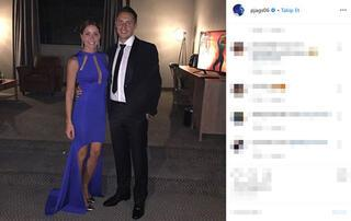 Model sevgilisi için 10 yıllık eşini terk etti