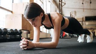 Bel ağrısını rahatlatan 5 yoga pozu