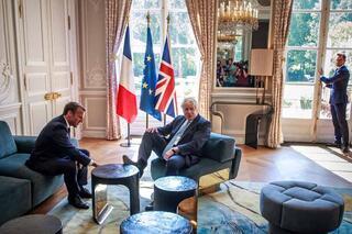 Dikkat çeken rahatlık Önce Merkel şimdi de Macron
