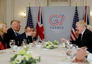 Trump ile Johnson Fransada görüştü
