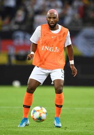 Babel'den sert çıkış Van Persie ve Sneijder...
