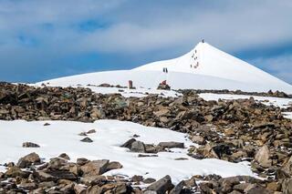 İsveçin en yüksek dağı küçüldü