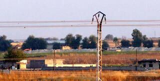 Terör örgütü YPG sınır hattında varlık göstermeye devam ediyor