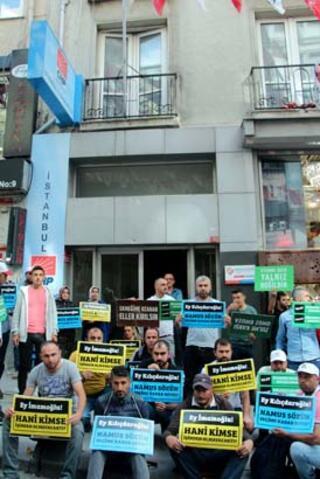 İBBden çıkarılan işçiler CHP İstanbul İl Başkanlığı önünde oturma eylemi başlattı