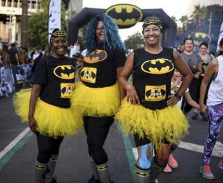 Meksikoda Batmane doğum günü kutlaması