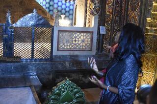 Bir süre önce Müslüman olan dünyaca ünlü yıldız orayı ziyaret etti