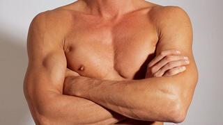 Hormonlu gıdalar erkeklerin memesini büyütüyor