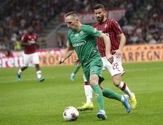 Ribery damga vurdu Rakip taraftar ayakta alkışladı...