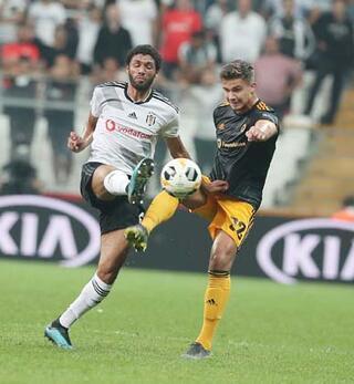 Beşiktaş-Wolverhampton maçının ardından spor yazarlarının görüşleri...