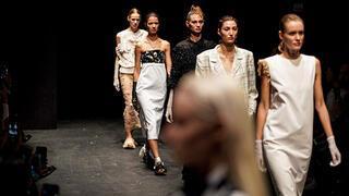 Moda Haftası'nı Tasarımcı Natalie Kolyozyan açtı