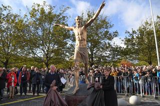 Ibrahimovicin heykeli dikildi