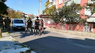 Ispartada hareketli dakikalar Mahalle ablukaya alındı