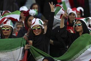 İran futbolunda tarihi gün